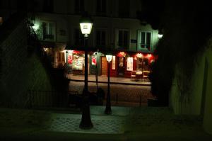 obchůdek pod Montmartrem